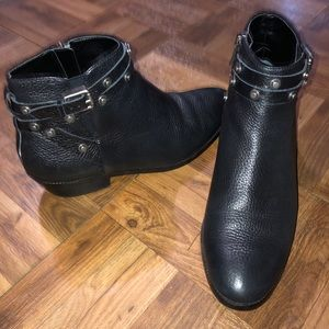 Halogen Genuine leather black bottles Size 6.5